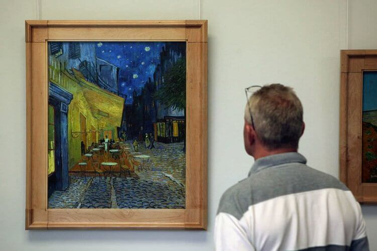 10 Facts That You Don T Know About Van Gogh S Cafe Terrace At Night